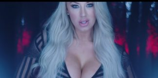 Laci Kay Somers Turn Up